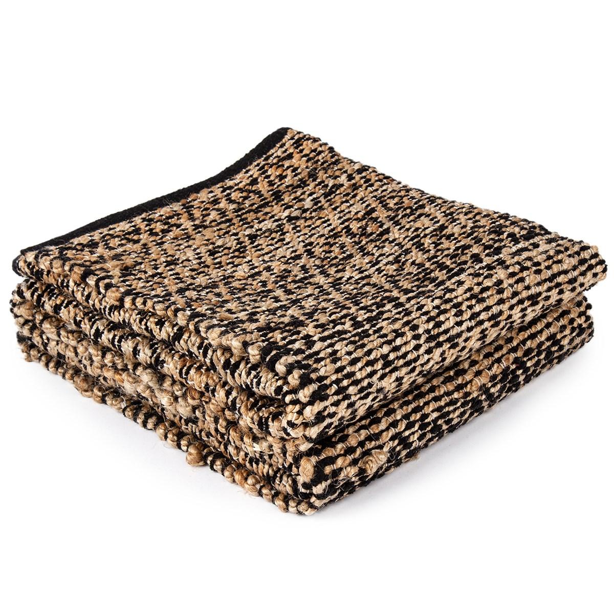 tkany koberec